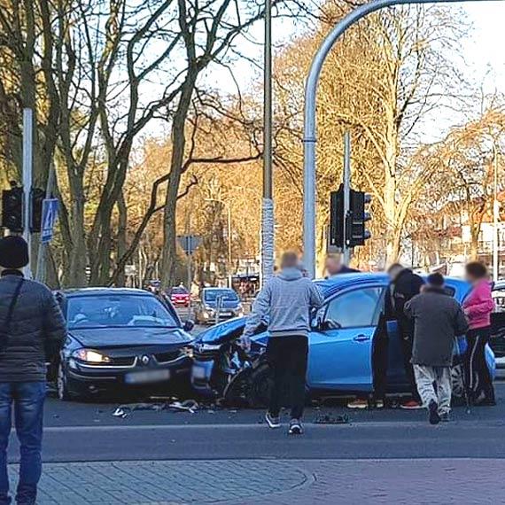 Kolejne zderzenie dwóch aut na skrzyżowaniu ul. Wojska Polskiego z 11 Listopada