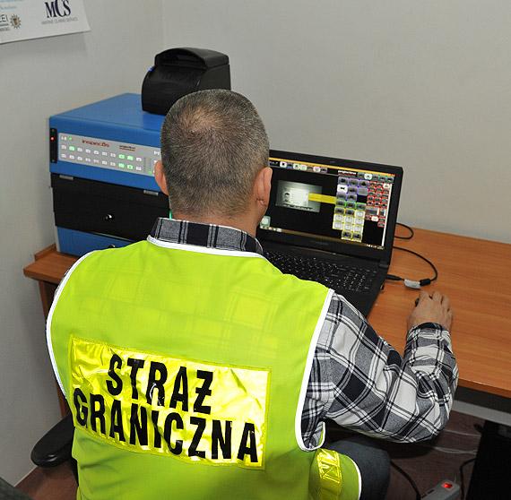 Ujęty z ukraińskim podrobionym prawem jazdy
