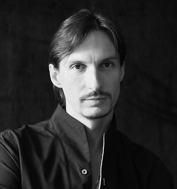 Już pewien czas pracuje Pan w Operze na Zamku w Szczecinie. Jak ocenia Pan historię rozwoju tegoż baletu i umiejętności tancerzy?